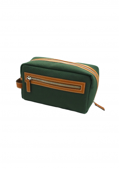 GREEN CANVAS WASH BAG