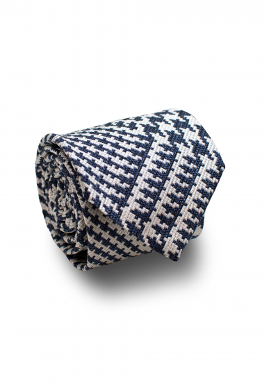 NAVY WHITE DOGTOOTH SILK TIE
