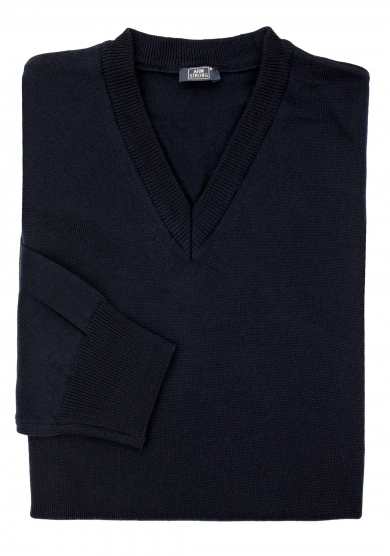 NAVY MERINO V-NECK SWEATER